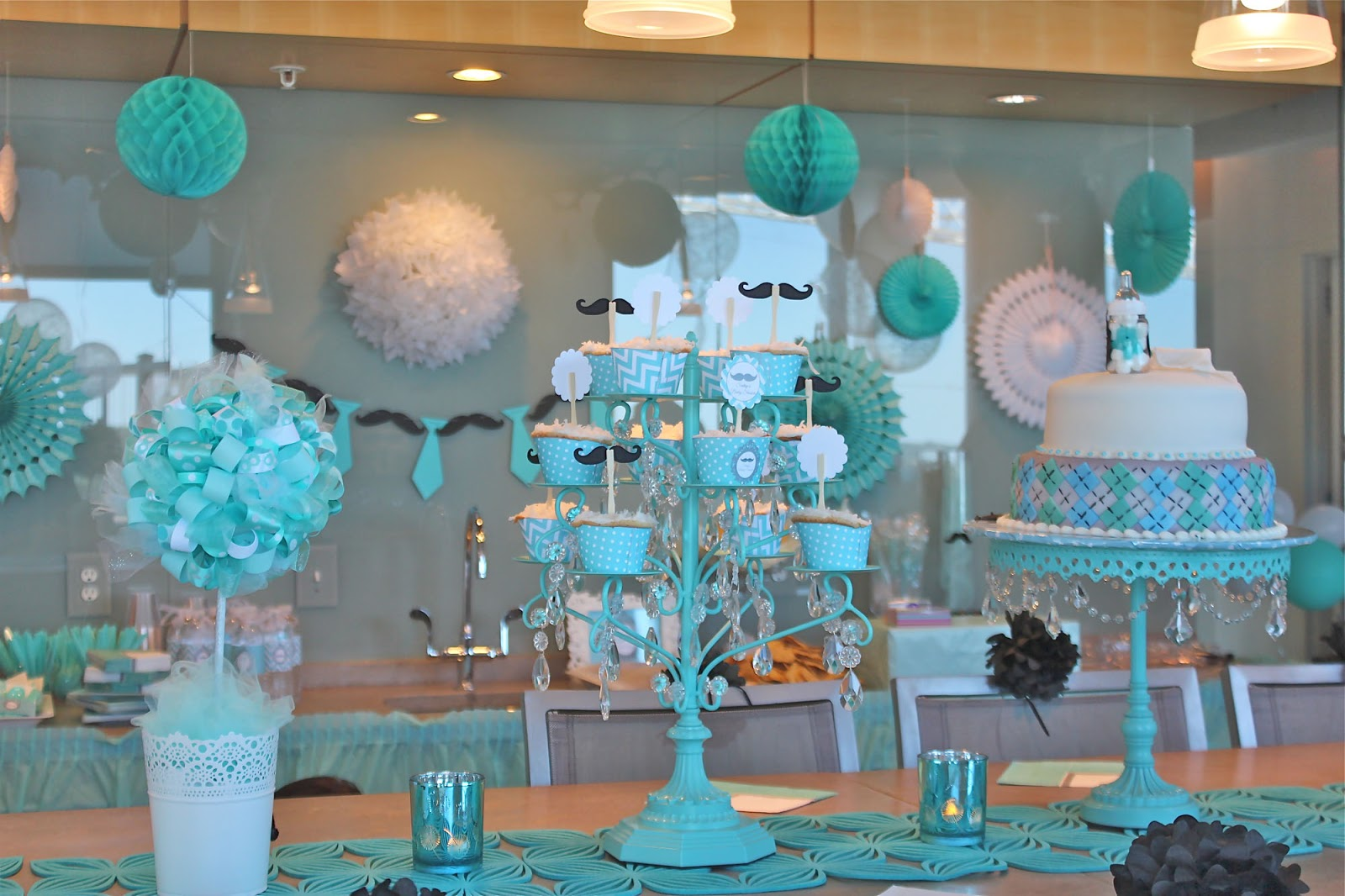 Centerpiece ideas for a baby shower
