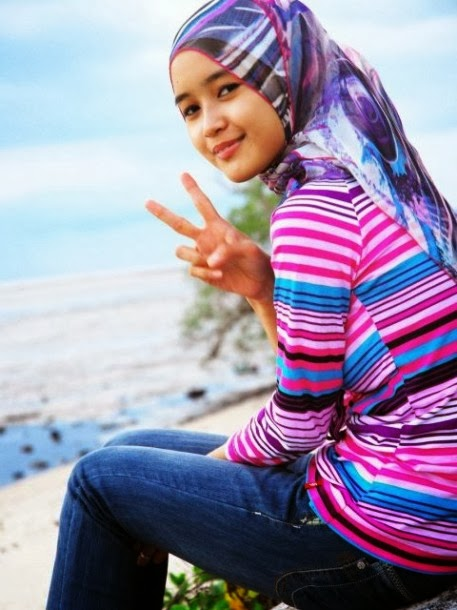 Beautiful Muslim Girls Wallpapers Download Free