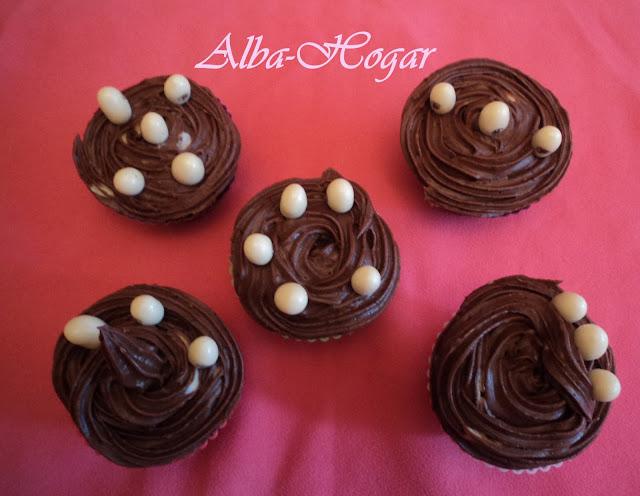 cupcakes de chocolate negro alba hogar