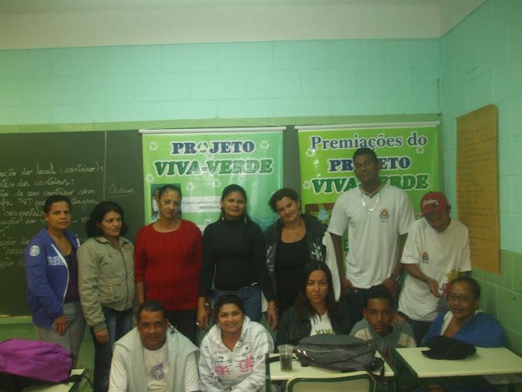 Alunos da EJA I - EM Mário Cerqueira Leite Filho - 20-05-11