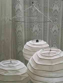 ikea lampadario carta di riso : Come creare un lampadario di carta di riso fatto in casa. Una lampada