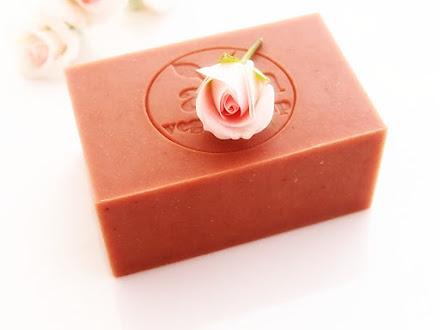 Click para mi Saga de jabones delicados y perfumados de Rosas
