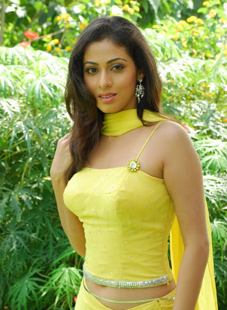 Sada New Hot Photo Stills