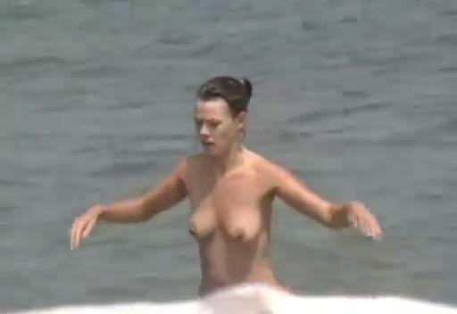Otarada Mulheres Nuas Na Praia