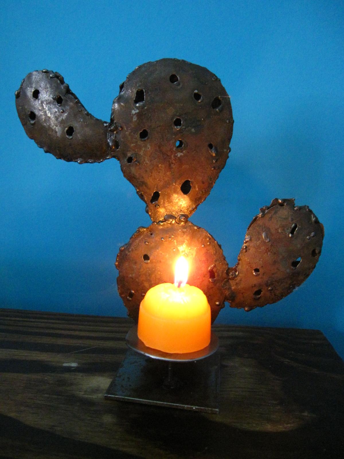 Martina fierro cosas de hierro y seguimos con los cactus - Portavelas de hierro ...