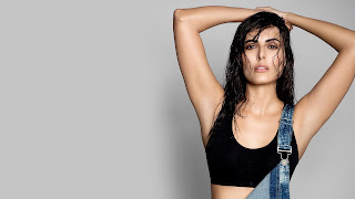 Mandana Karimi Hot Sexy Pictures