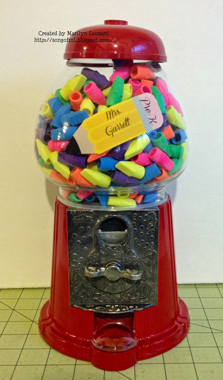 gumball machine dispenser
