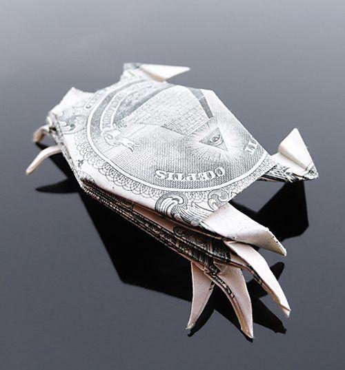 http://1.bp.blogspot.com/-NbACXEV7b5M/Th5pFNjk-wI/AAAAAAABG00/utRXUwZhiVI/s1600/dollar_origami_art_14.jpg