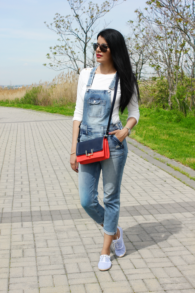 Express Denim Overalls, Denim Overalls, How to wear denim overalls, Denim overalls for adults, Target Colorblock Satchel,