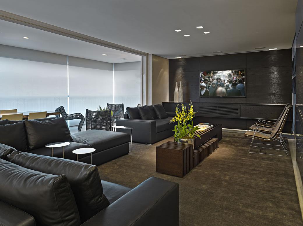 Sala De Tv Parede Preta ~ Sala com painel de tv de madeira ebanizada Projeto Graziella Nicolai