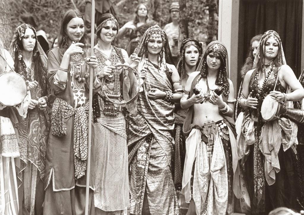 Disociando infinitos. Historia de la Danza Tribal (ATS)