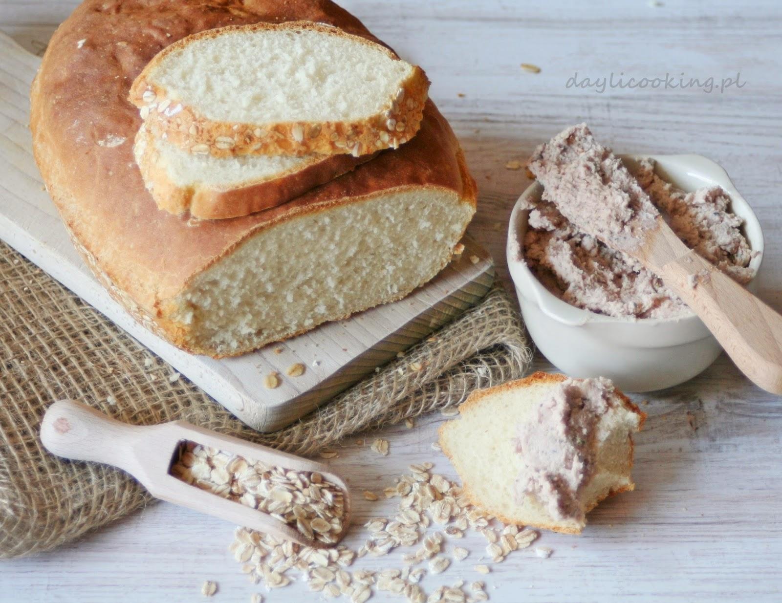 Domowy pszenny chleb