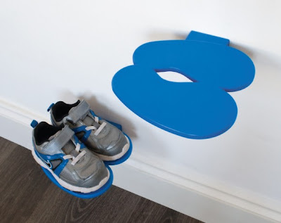 wall shoe rack for children's shoes