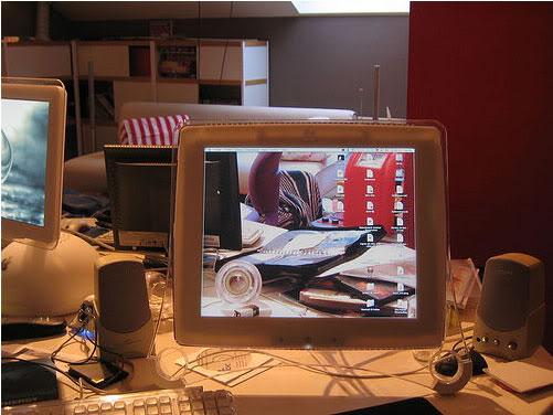 Gambar-Gambar Desktop Transparan Yang Keren