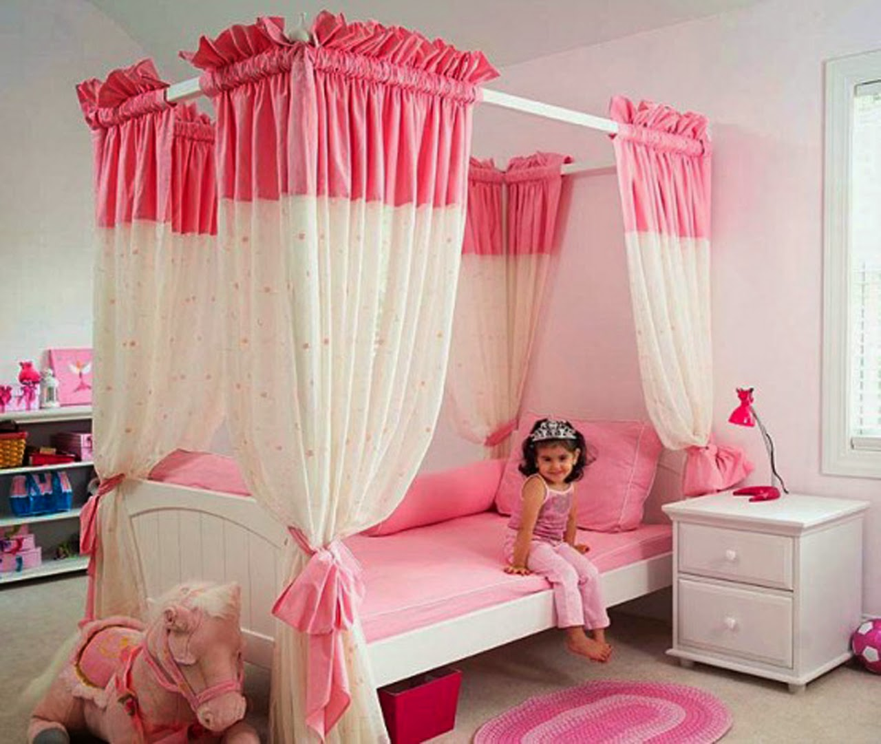 Pink bedroom decoration - Decorating A Pink Bedroom The Most Creative Ideas