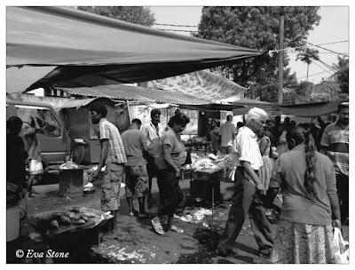 Eva Stone, wet market, fresh seafood, sunday pola, Mount Lavinia, market