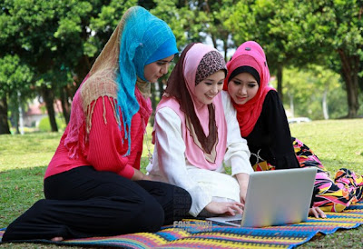 tinley park single muslim girls 7249 wheeler dr orland park, il 60462  we aim to establish a role model  muslim community that is well integrated and positively contributing to our  american.