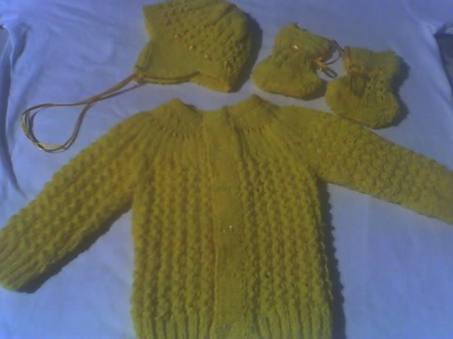 Tejer chambritas para bebé a dos agujas - Imagui