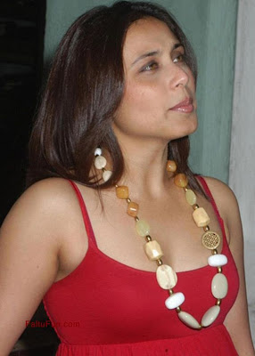 Rani Mukherji Gemstone Statement Necklace