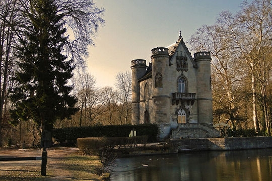 Castles on line portraits of castles book iii from - Meteo coye la foret ...