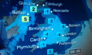 >Winter Hangs On Across England/Wales, Different Story Across Ireland, N.I and Scotland