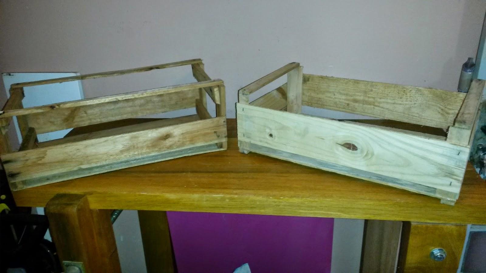 Retirei a madeira de uma lateral da que serviria de base .. #614C0C 1600x900