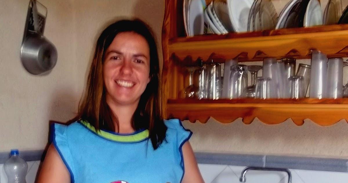 Marilina regalayreg late clara y su delantal pintado a - Delantal masterchef personalizado ...