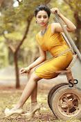 Suza Kumar glamorous Portfolio-thumbnail-9