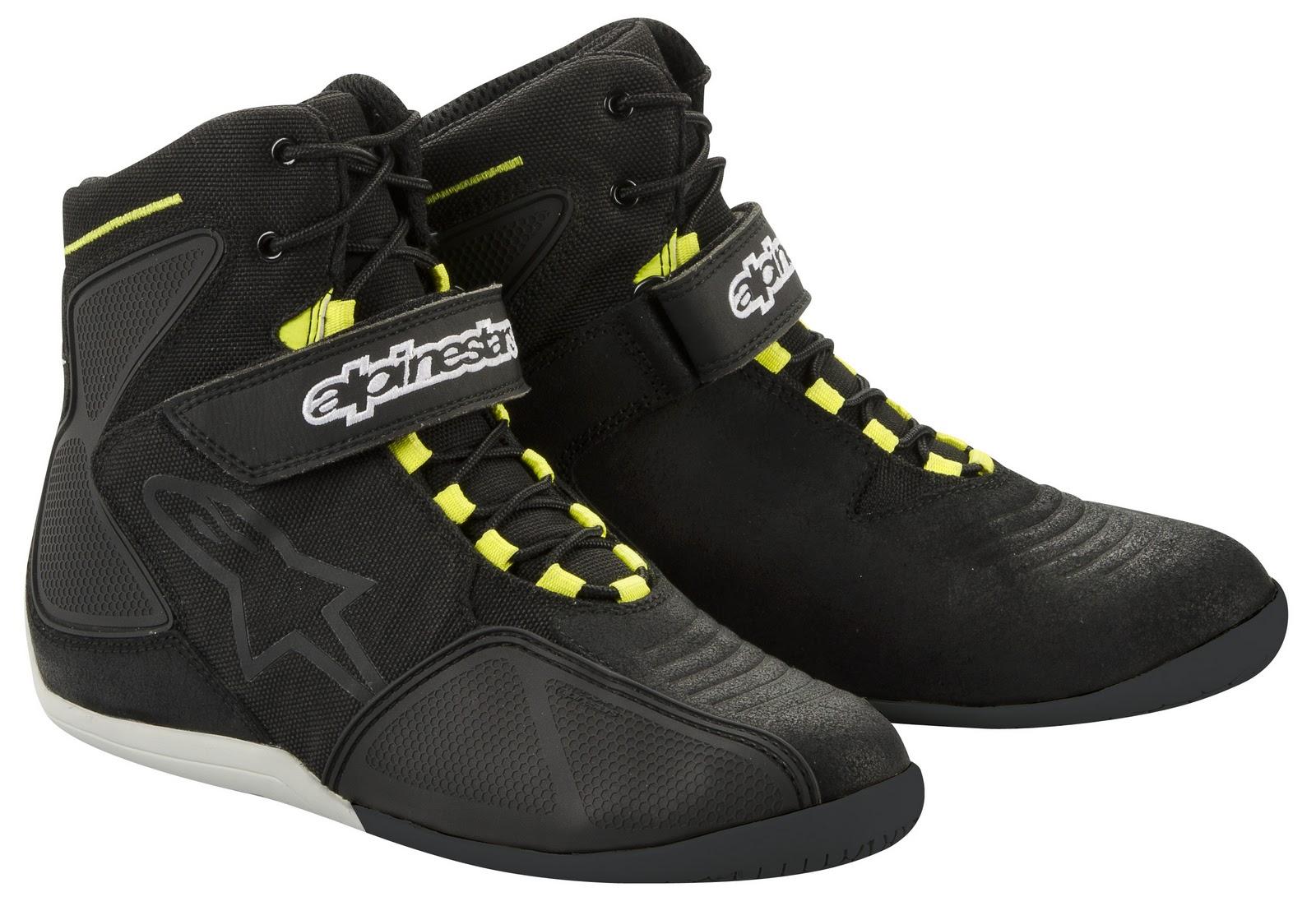 http://1.bp.blogspot.com/-NdSrKmgmO1w/TxnKqHTpANI/AAAAAAAACpk/zNu4Przh4XU/s1600/fastback+black+yellow.jpg