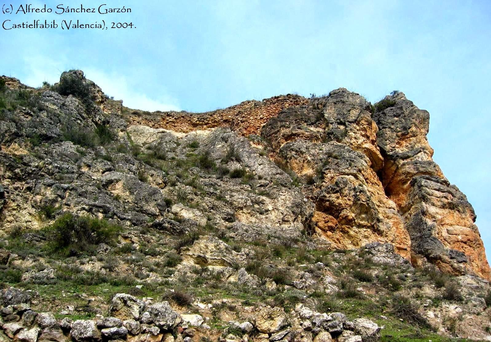castielfabib-murallas-castillo