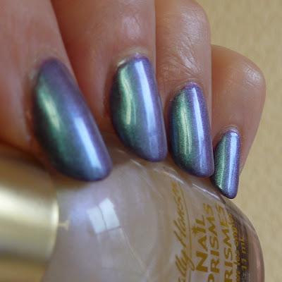Sally Hansen Nail Prisms White Turquoise Polish Swatch