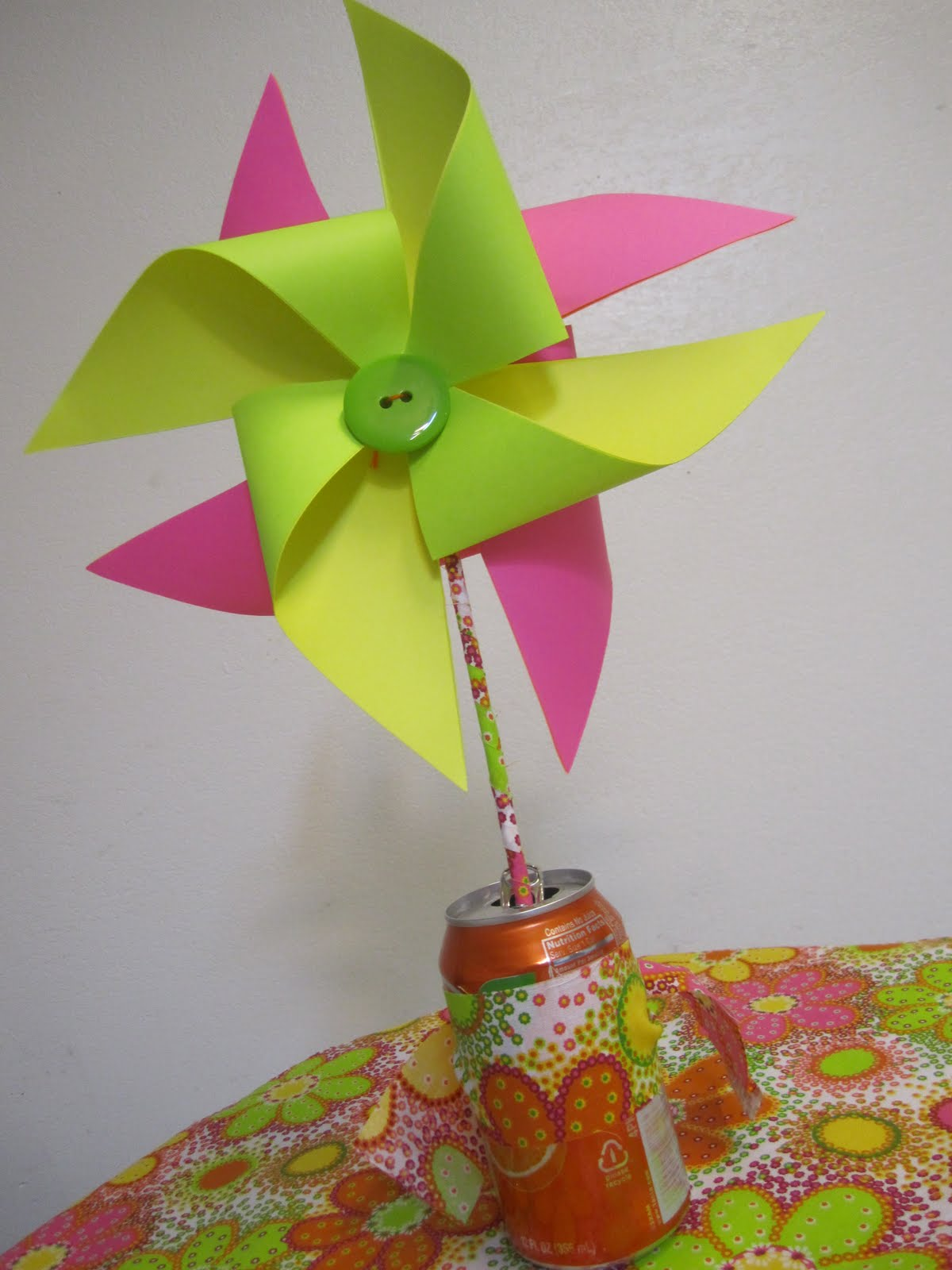 paper pinwheel Create unique and stylish paper pin wheel christmas decorations with this easy  diy.