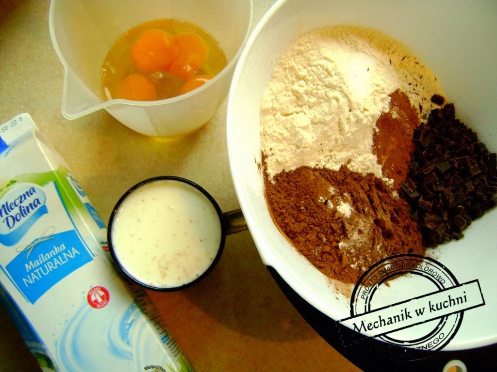Babka czekoladowa przepis na Wielkanoc Mechanik w kuchni Składniki maślanka
