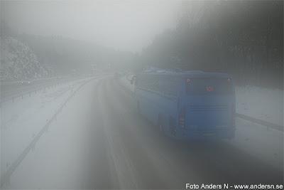 buss, snöoväder, väg, snö, snöstorm, vinter, vinterväg, vinterväglag, buss, västtrafik, göteborg, borås, blå buss, tsyfpl, foto anders n