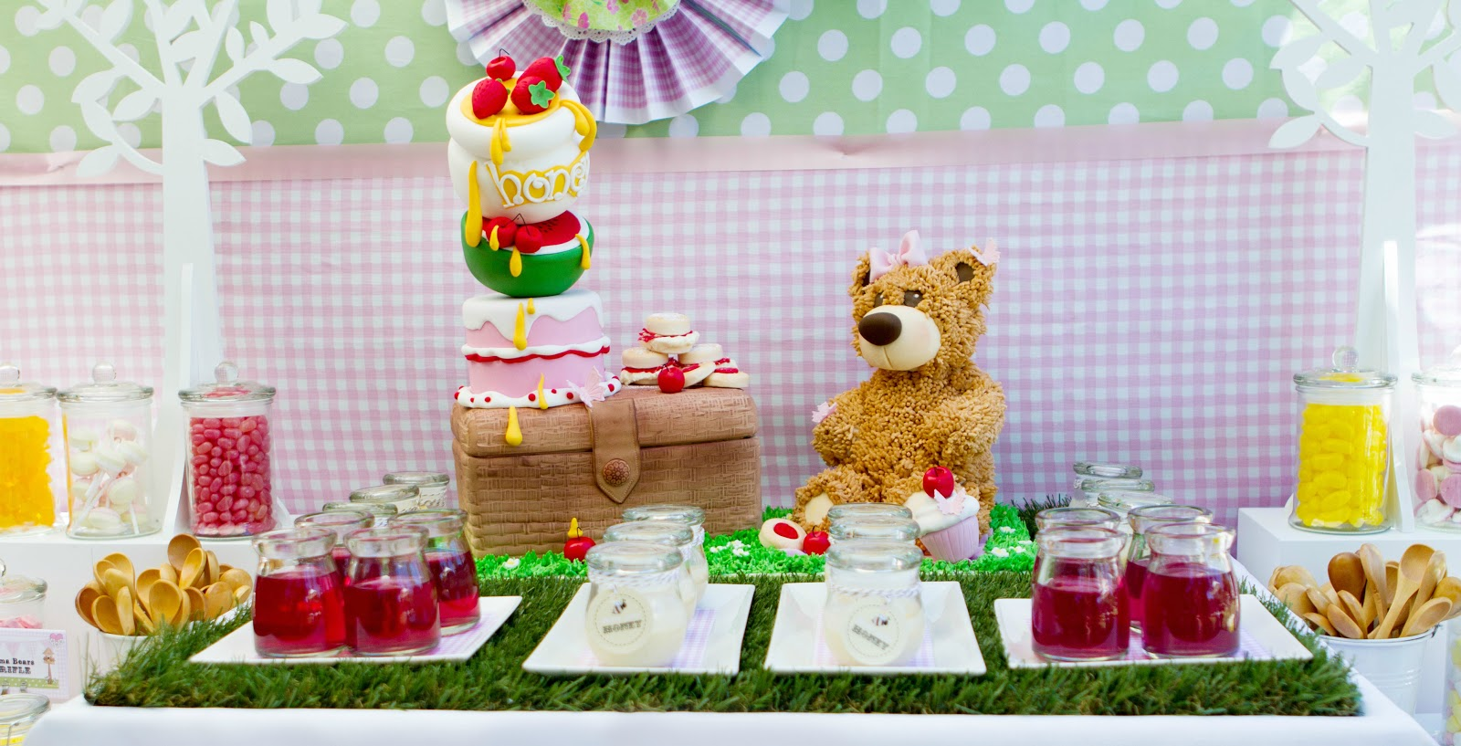 Little Big Company | The Blog: Teddy Bears Picnic by Calamity Cakes