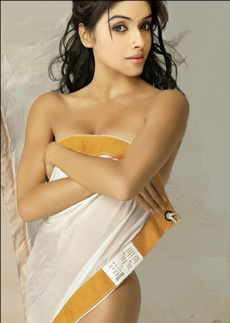 Actress Asin Nipple Without Bra Rare Asin Unseen Photo Hot Actress
