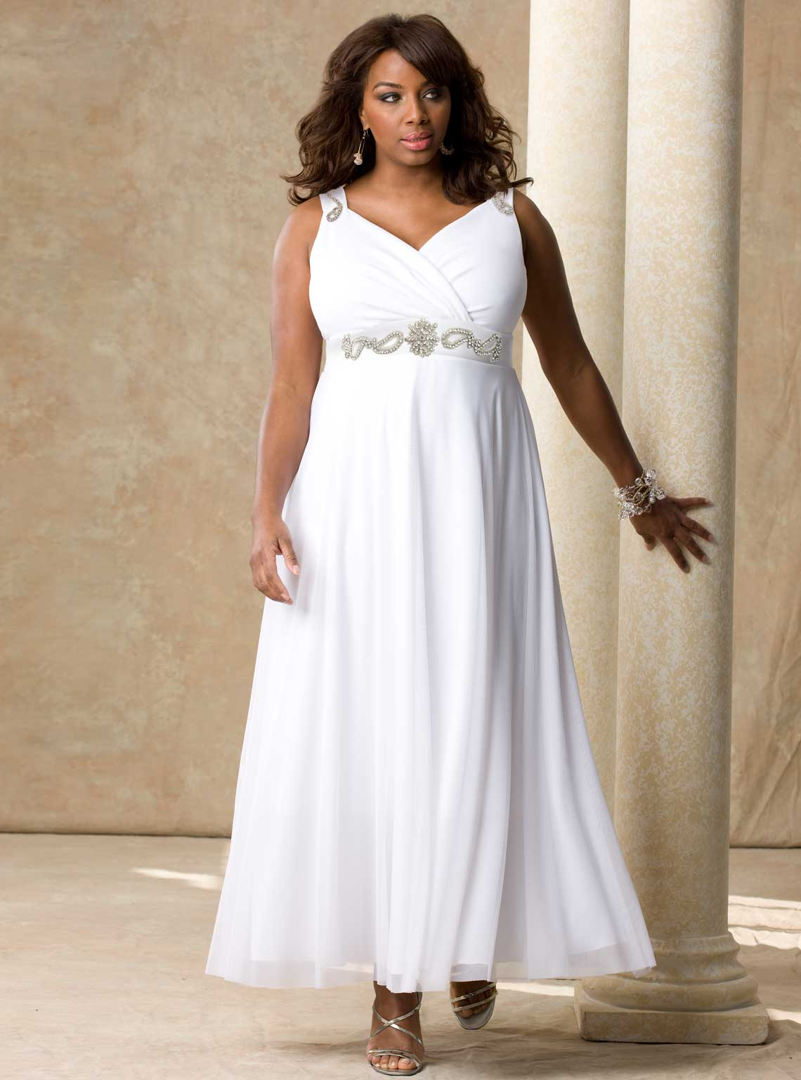 Evening dress 10 11 for Wedding dresses for plus size mature brides