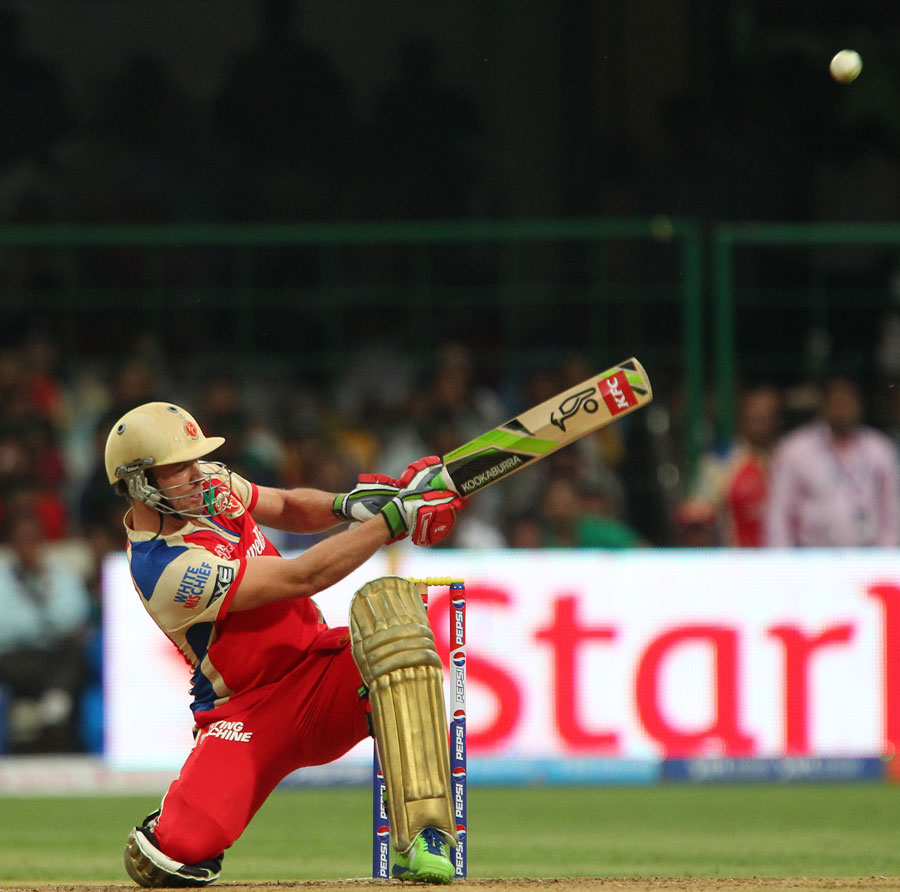 Indian Premier League, 31st match: Royal Challengers Bangalore v Pune Warriors at Bangalore, Apr 23, 2013 Photos