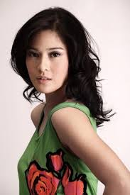 Dian Sastrowardoyo Height - How Tall