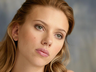 Scarlett Johansson Desktop eyes Wallpaper