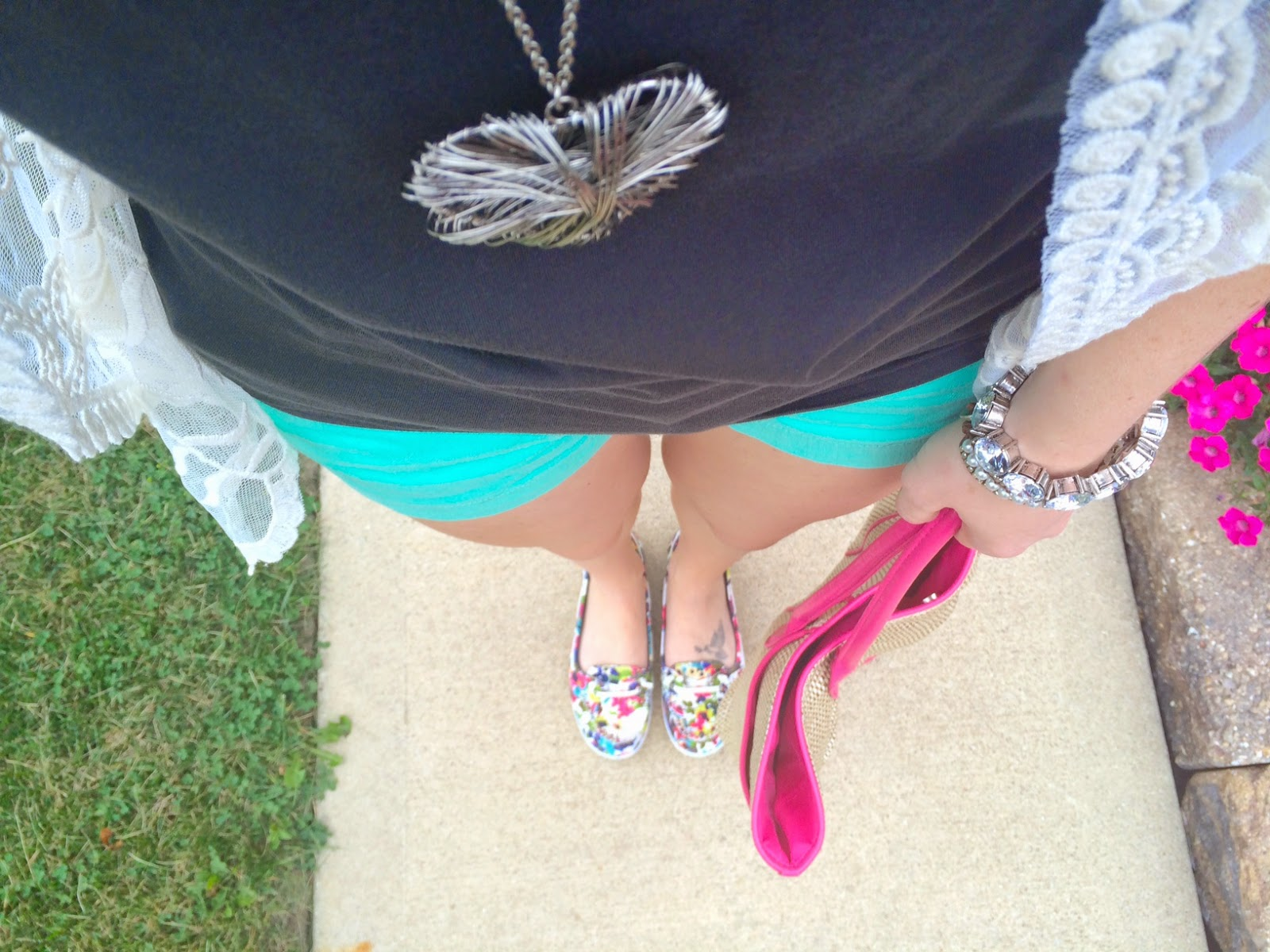 Lace, Mint, And Grey Summer Outfit of the Day