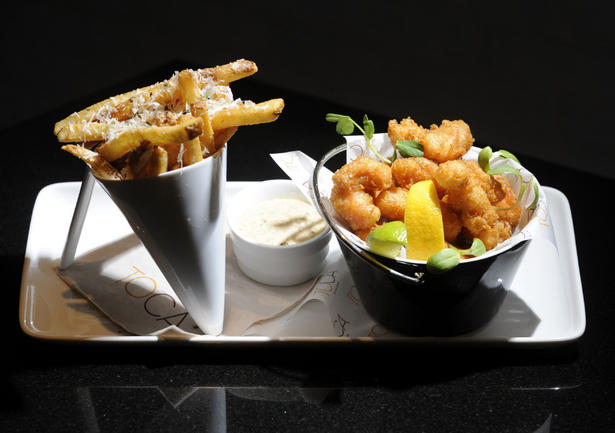 Scrumpdillyicious toca by tom brodi canadian cuisine at for Red lobster fish and chips