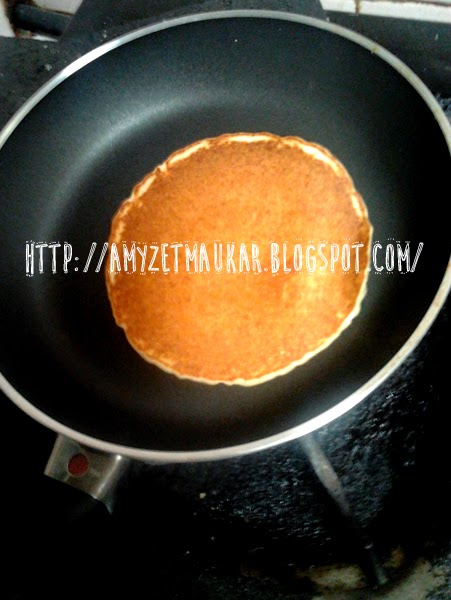 Membuat Pancake Rasa Cinta ♥