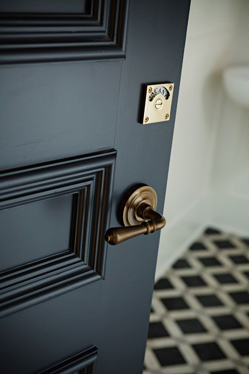 Whether you choose a matte finish or a high gloss finish the black painted interior door is a thing of beauty. Youu0027ll ask yourself what took you so long to ... & Willow Bee Inspired: Be Inspired No. 81 - Black Interior Doors pezcame.com
