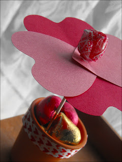 Valentine Gifts, Valentine's Day is always a fun day for all those couples around the world, held its own sweet way. Although not very specific plans and spend some money in what is special, a simple expression of love can give the date of its meaning