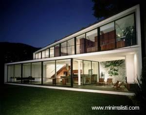 Casa residencial de estilo Contemporáneo en México