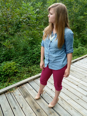 fuschia-capris-chambray-shirt