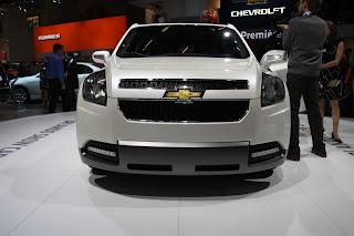 http://1.bp.blogspot.com/-NfADzspm-RA/UckpFSkzURI/AAAAAAAAE84/Z1IyTyHhbck/s1600/Chevrolet-Orlando.jpg