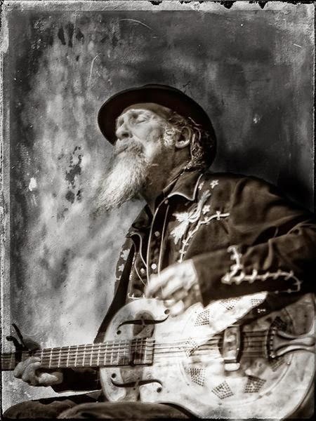 Doc MacLean, blues vagabond