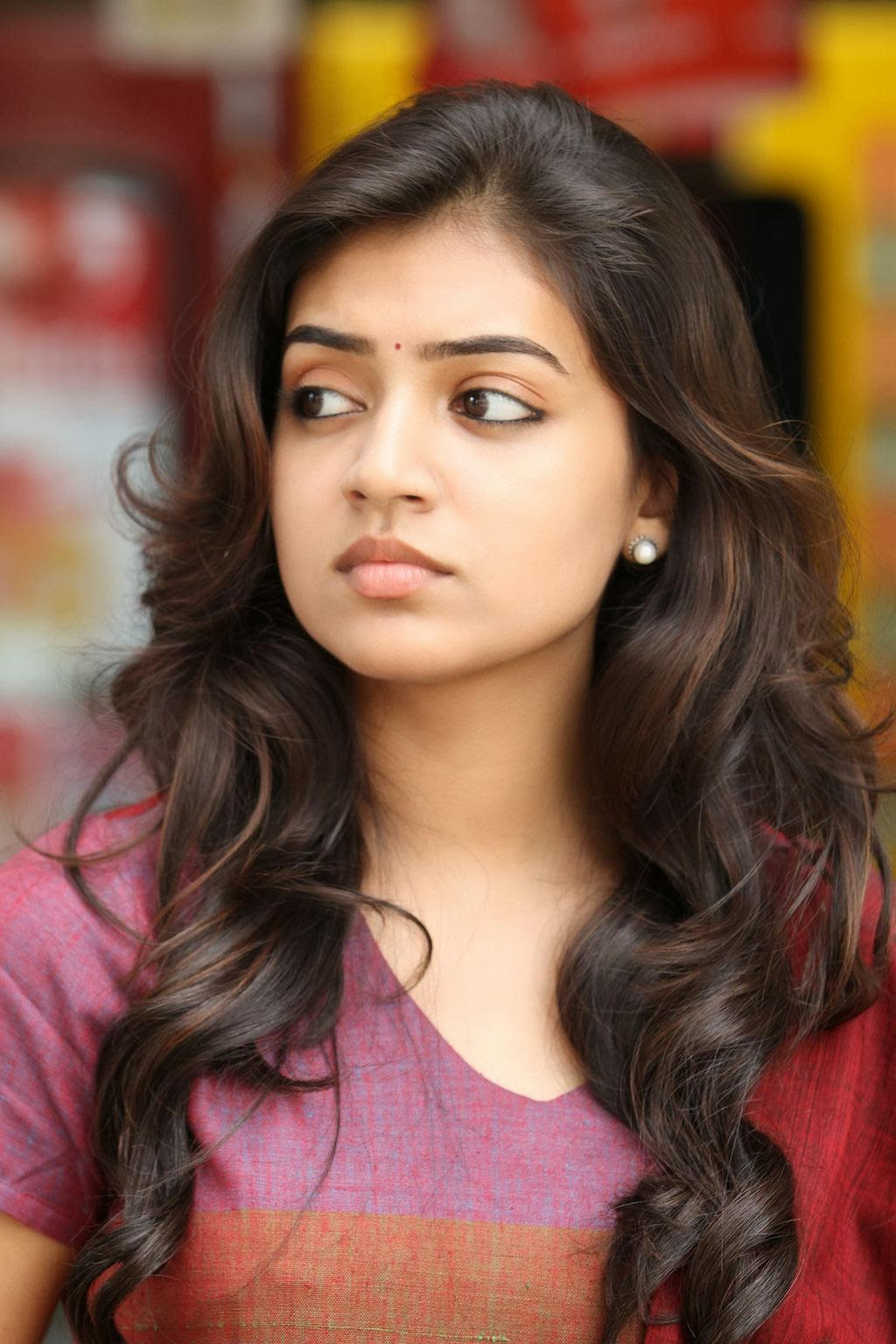 Actress Nazriya Nazim Age, Profile, Pictures, Biography ~ Country ...
